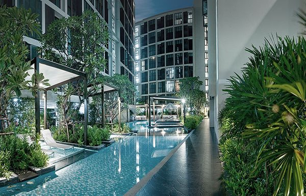 Ideo-Ladprao-17-Bangkok-condo-for-sale-swimming-pool